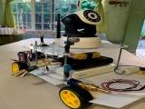 Covid: UV crea robot para desinfectar